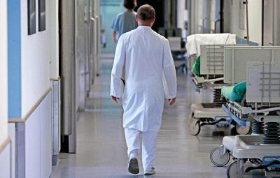 Куда уходят врачи?